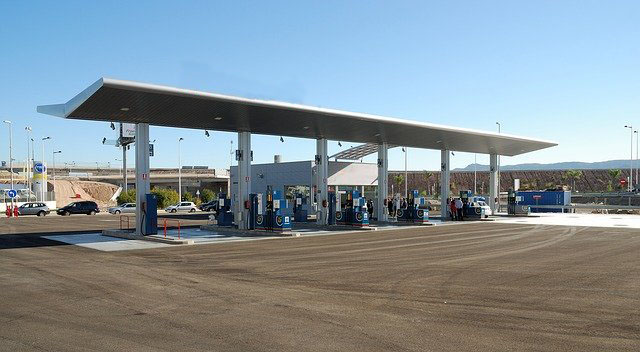 gas station cleaning service and sanitation